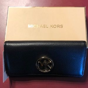 Michael Kors Wallet. Brand new tags on